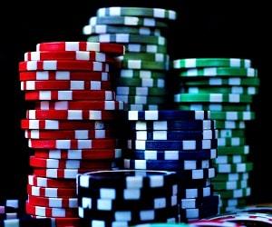 オンラインカジノで資金コントロールを学ぶ