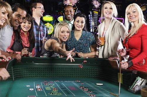 カジノで遊べるゲーム「クラップス」